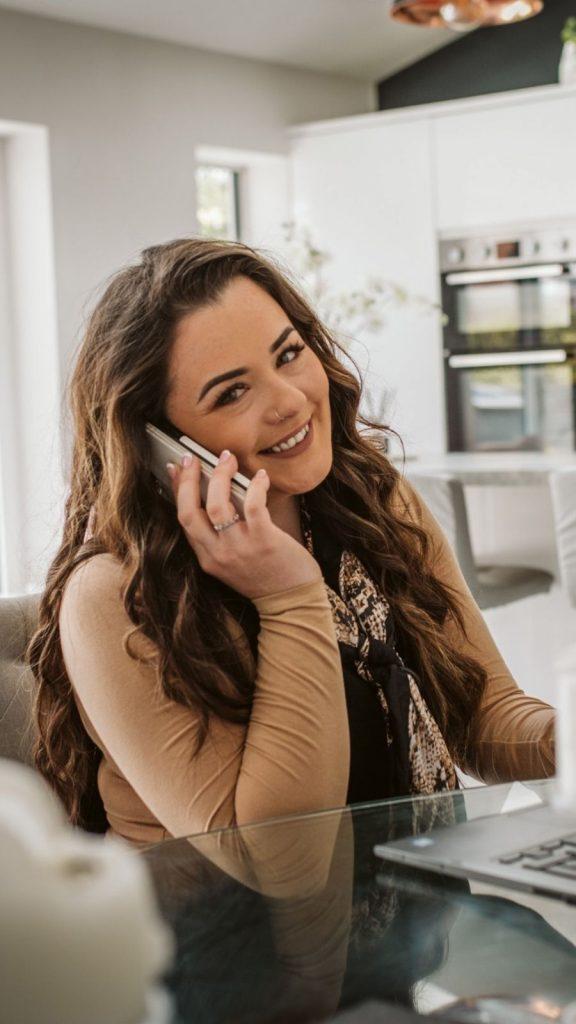 Kelly on phone call